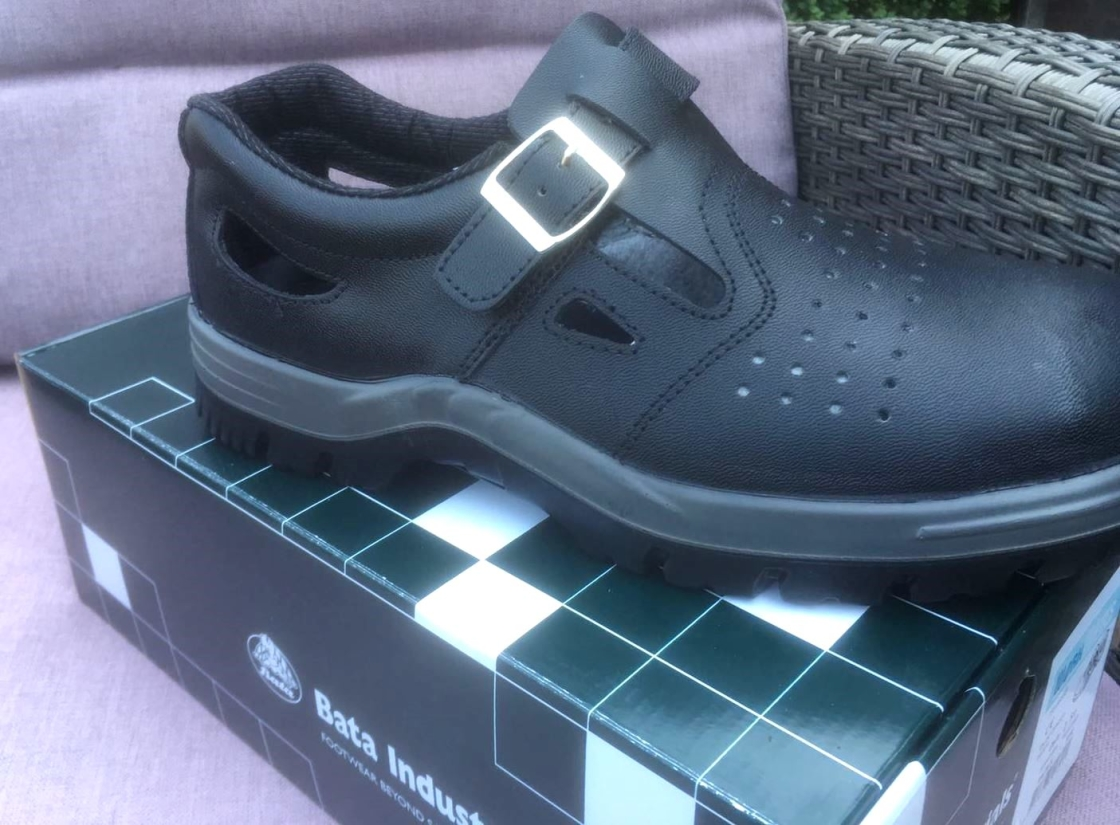 29945 - Mens safety shoes Bata Europe