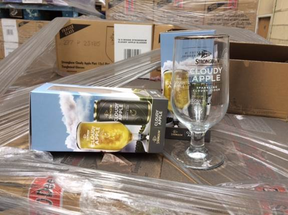 29954 - Strongbow cloudy apple glasses Europe