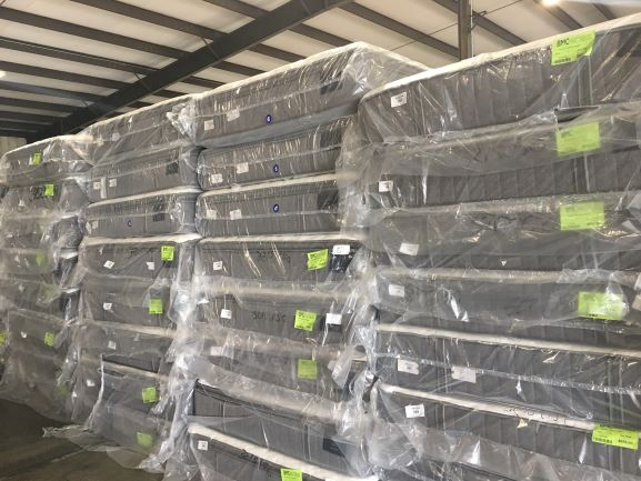 33321 - Seally Sterns & Foster Mattress Load USA