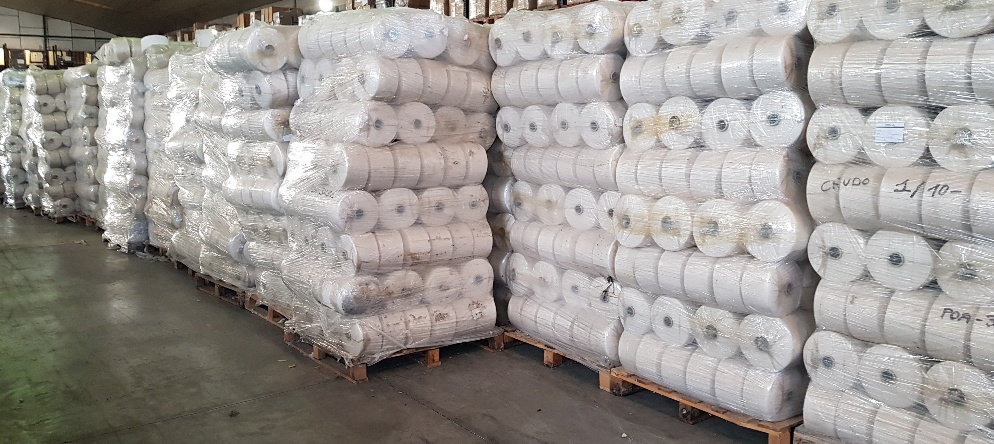 39535 - STOCK OF REELS OF REGENERATED COTTON THREAD Europe